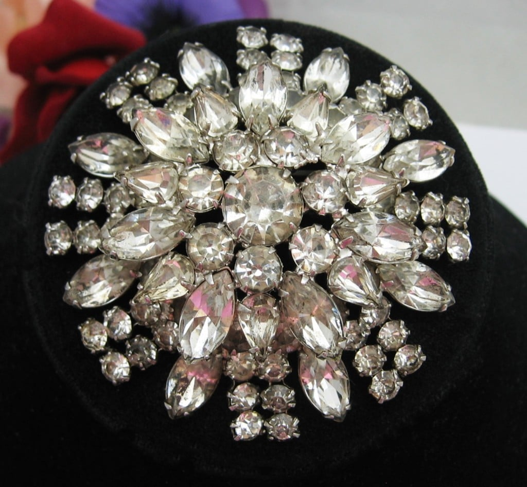 RHINESTONE Double Level FLOWER BROOCH Vintage PIN in Silvertone HUGE!!! 2 5/8
