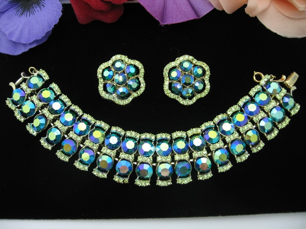 BLUEGREEN Aurora Borealis & Bright Green RHINESTONE BRACELET and EARRINGS SET Vintage, Clip-On, Goldtone, AB ***  SOLD***