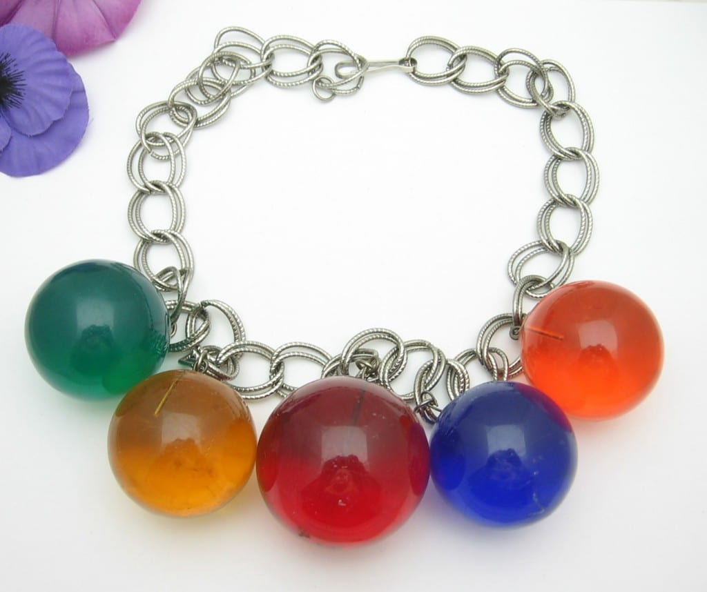 ***SOLD *** BIG BOLD Color Lucite Acrylic BALLS Vintage NECKLACE, Silvertone ARTIST SIGNED *** SOLD ***