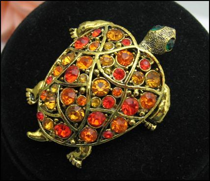 HOLLYCRAFT ORANGE RHINESTONE TURTLE PIN Vintage BROOCH