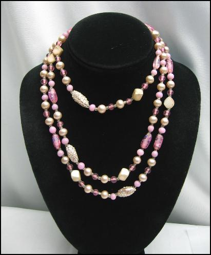 PINK FOIL ALL GLASS BEAD Vintage NECKLACE
