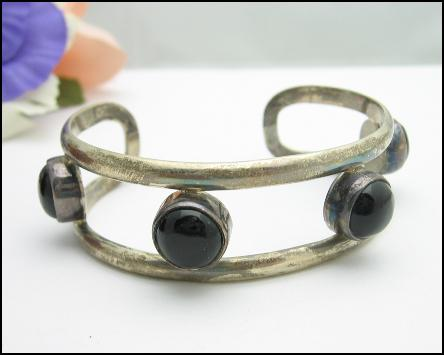 STERLING SILVER CUFF BRACELET Mexico Vintage With BLACK GLASS CABS, .925