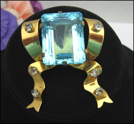 ** SOLD SOLD ** VOGUE Vintage BROOCH BIG BLUE GLASS STONE Sterling Silver GOLD VERMEIL